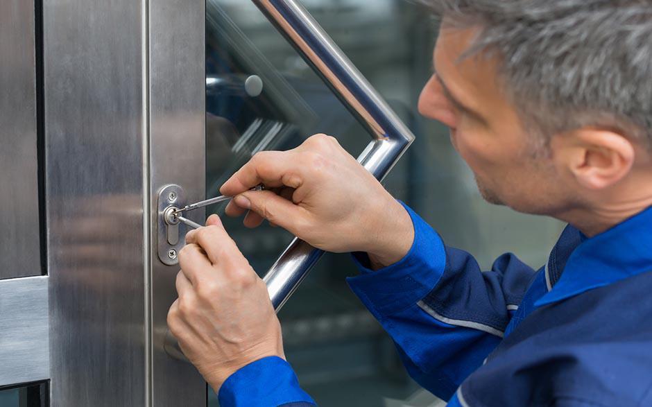 comment ouvrir une porte sans clef
